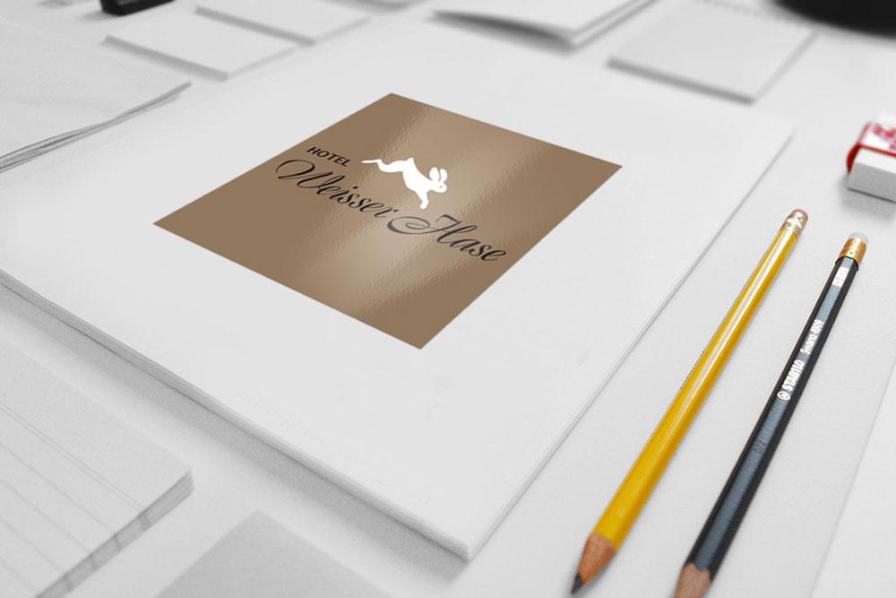 Logoentwicklung für Hotel Weisser Hase Passau